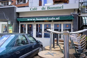 Bommel Cafe